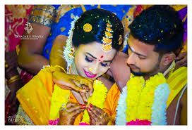 hindu wedding photographer urmila divagar traditional hindu tamil wedding photography