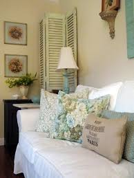 Shabby Chic Style Homes by Shabby Chic Living Rooms Burlap Throw Pillows Country Charm And