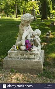 dog gravestone stock photos u0026 dog gravestone stock images alamy