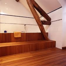 salle de bain de bateau déco salle de bain parquet pont de bateau parquet pont de bateau