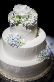 simple chic wedding cakes we love bridalguide