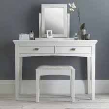 Bathroom Vanity With Stool Furniture Mesmerizing White Vanity Table With Elegant Styles For