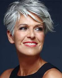 risultato immagine per short hair styles for women over 50 gray