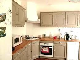 peindre cuisine chene repeindre une cuisine rustique peindre cuisine rustique renover