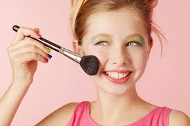 Make Up Classes In San Antonio Tx Fifth Of Girls As Young As 12 Won U0027t Leave Home Without Full Make