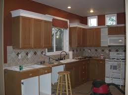 Crown Molding On Top Of Kitchen Cabinets 283 Best Flippin Bits Images On Pinterest Builder Grade Kitchen