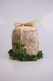 biodegradable urn a biodegradable urn grown by florian gregor ecovative mycelium
