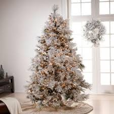 White Christmas Tree Decorations Sale by Beautiful Red And Gold Christmas Decor Interior Homes Decorating