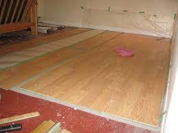 Wet Laminate Flooring 10 Tips For Laying Laminate Flooring Over Linoleum Zoomtens