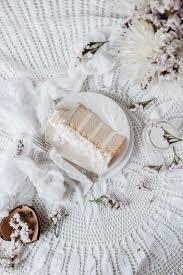 Simple Wedding Cake Designs Wedding Cake Ideas U0026 Designs Brides