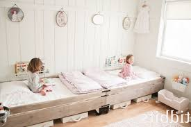 Easy Way To Decorate Home by Cheap Ways To Decorate A Teenage Girls Bedroom Pink Polkadots Rug