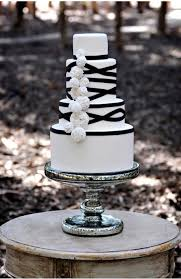 black and white wedding decorations black and white wedding cake ideas trendy