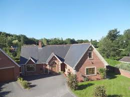 pine view 4 poplar drive leighton welshpool powys sy21 4 bed
