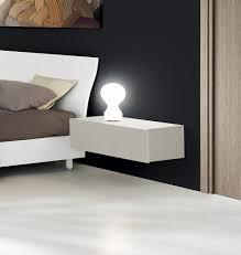 comodini moderni bianchi comodino moderno e di design laccato grigio opaco
