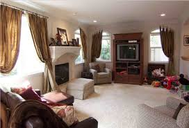 living house large family room wall decorating ideas with brown