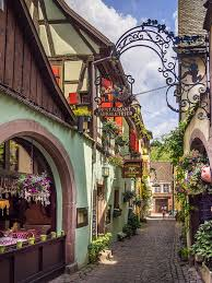 Small Town 13 Most Charming Small Towns In France Small Towns France And
