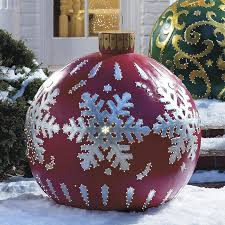 oversized outdoor decorations christmas2017
