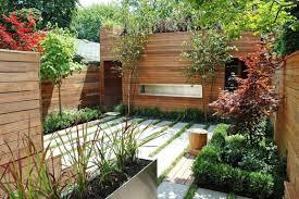 garden design with small backyard decks on latest tropical plants
