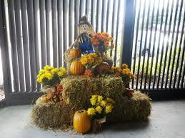 Fall Hay Decorations - best 25 outside fall decorations ideas on pinterest glitter