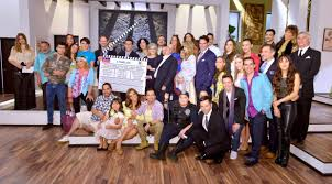 imagenes de familias aztecas zeta regresa la comedia a tv azteca con 3 familias