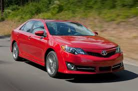 toyota camry stretch refreshing or revolting 2015 toyota camry