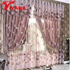 voilage fenetre chambre voilage fenetre salon un joli salon avec rideau voilage blanc pour