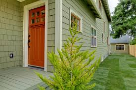 curb appeal looks to get your house sold faster tips and tricks