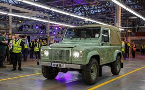 original land rover the last defender land rover phasing out its original 4x4 the