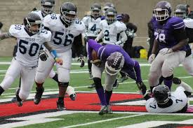 what football teams are playing on thanksgiving holidays in jp english high football team in action on
