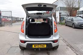 hatchback cars kia kia soul 1 6 2 5d 138 bhp air con petrol manual hatchback car