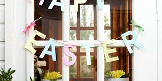 happy easter decorations how to make gorgeous garland easter decorations
