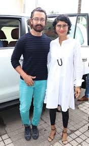 Aamir Khan Home Pics Aamir Khan Clicked With Wife Kiran Rao And Zaira Wasim At