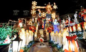 Dyker Heights Christmas Lights Brooklyn Neighborhood No 1 On Christmas Lights List New York Post