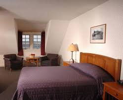 book crater lake lodge inside the park in crater lake hotels com