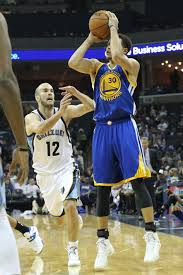 stephen curry goes for 38 as warriors crush grizzlies