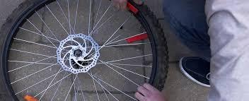comment changer chambre à air vélo comment changer un pneu de vélo canadian tire