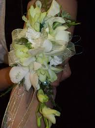 cheap corsages for prom 32 best prom corsages images on prom corsage prom