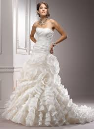 Unusual Wedding Dresses Trendy Fashion Tips The Four Coolest Wedding Gowns 2013 For Four