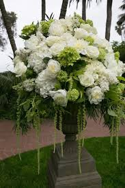 white floral arrangements 9 white floral arrangements top wedding websites