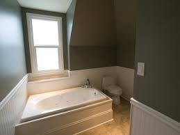 how to install wainscoting bathroom wainscoting bathroom