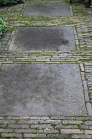 Covering Old Concrete Patio by Best 25 Concrete Paving Slabs Ideas On Pinterest Paving Diy