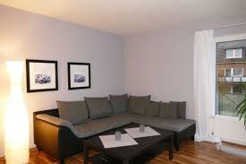 Wohnzimmer Hell Und Modern Attraktiv Und Modern Tolle 2 Zimmer Wohnung Mark Immobilien