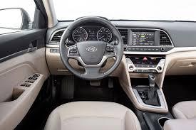 hyundai elantra 2010 interior hyundai elantra 2017 motor trend car of the year contender