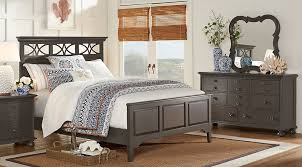 affordable colorful king bedroom sets red blue green gray etc