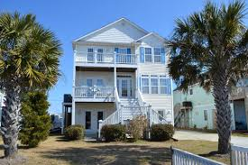 homes for sale on canal front in topsail island area