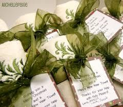 great ideas 23 last minute neighbor gift ideas tatertots and
