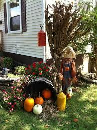 Halloween Outdoor Decorations Fall Yard Decorating Ideas Welcome Pumpkins Fall Decor Autumn