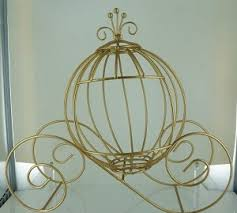 cinderella white ball carriage made of sturdy wire is a great idea