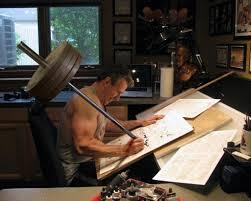 bureau dessinateur musclé