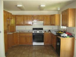 Overhead Kitchen Cabinets by U Shaped Brown Kitchen Designs With Oak Cabinets Combined Small